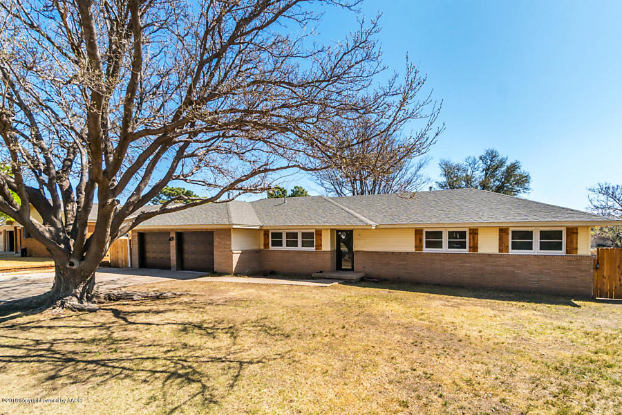 Photo of 2112 Chestnut Pampa, TX 79065
