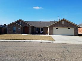 Photo of 3306 Garrett Dr Perryton, TX 79070