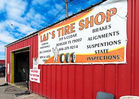 Photo of 703 Cedar St Borger, TX 79007