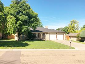 Photo of 216 Skycrest St Borger, TX 79007