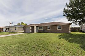 Photo of 1015 Main St Sunray, TX 79086