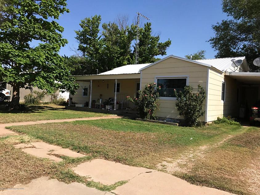 Photo of 705 2nd Street Earth, TX 79031