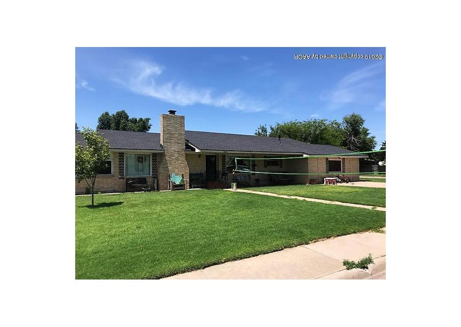 Photo of 1102 Fordham Perryton, TX 79070