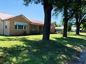 Photo of 501 Roland Street Spearman, TX 79081