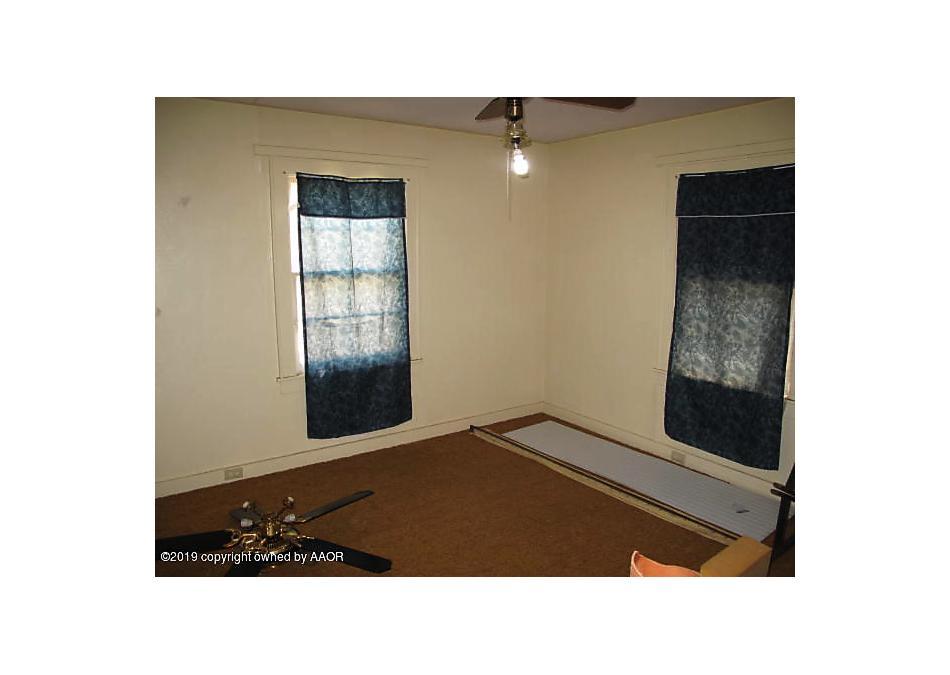 Photo of 211 Broadway Groom, TX 79039
