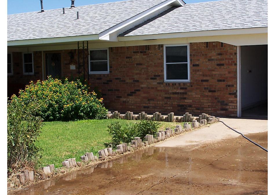 Photo of 204 Hoyne Ave Fritch, TX 79036