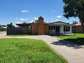 Photo of 1601 Drake St Perryton, TX 79070