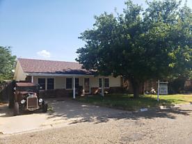 Photo of 115 Davenport St Borger, TX 79007