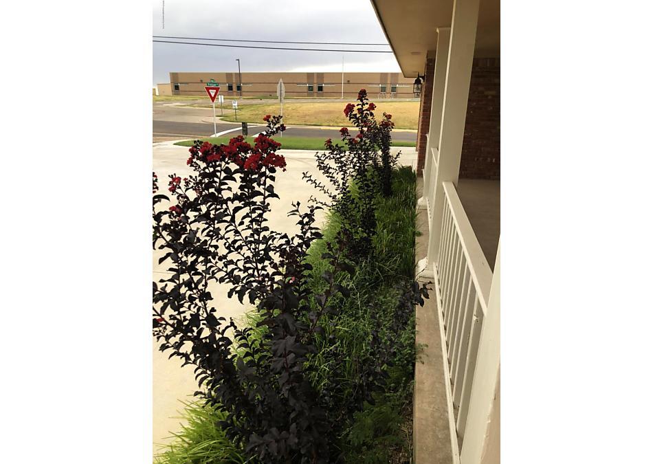 Photo of 1501 Gawain St Borger, TX 79007
