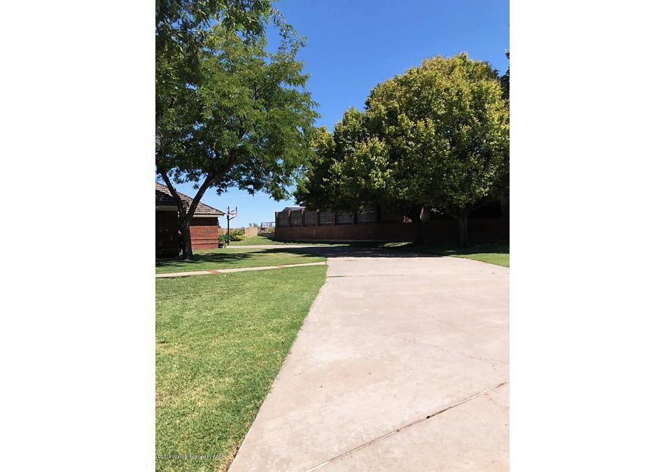 Photo of 705 Skyline Dr Borger, TX 79007