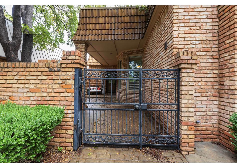 Photo of 116 LAKEVIEW ST Borger, TX 79007