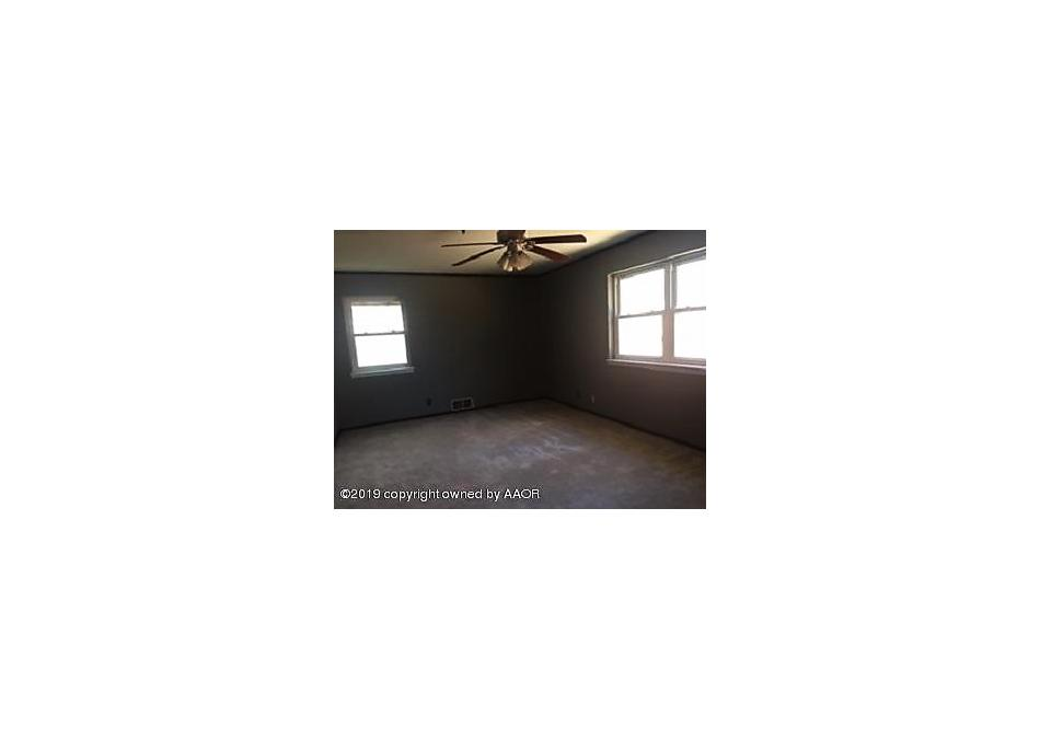 Photo of 1110 9th Ave Perryton, TX 79070