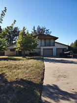 Photo of 811 Houston St Shamrock, TX 79079