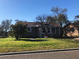 Photo of 308 4TH AVE Canyon, TX 79015