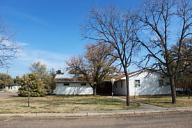 Photo of 712 Charles Panhandle, TX 79068