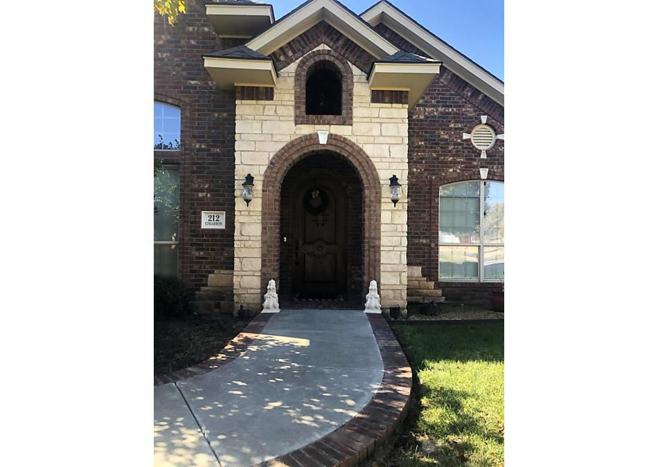 Photo of 212 Cimarron St Borger, TX 79007