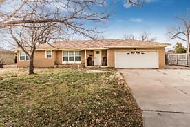 Photo of 3802 LEWIS LN Amarillo, TX 79109
