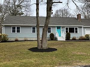 Photo of 47 Canterbury Circle Hyannis, MA 02601