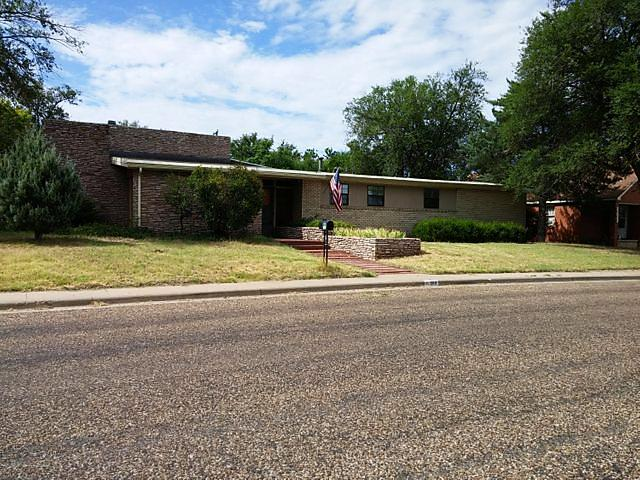 Photo of 800 Spruce Borger, TX 79007
