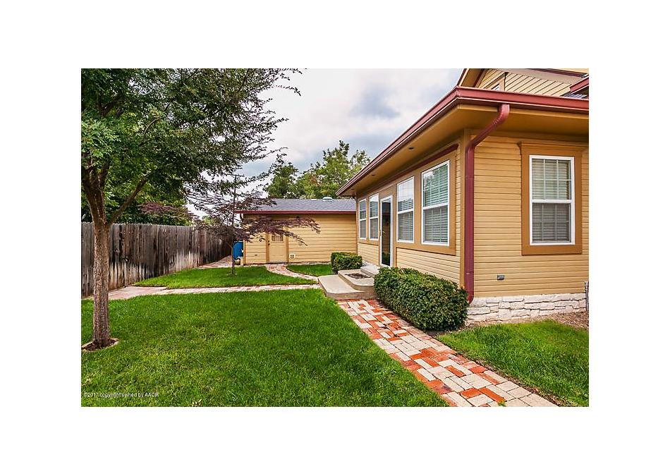 Photo of 1413 Russell St Pampa, TX 79065