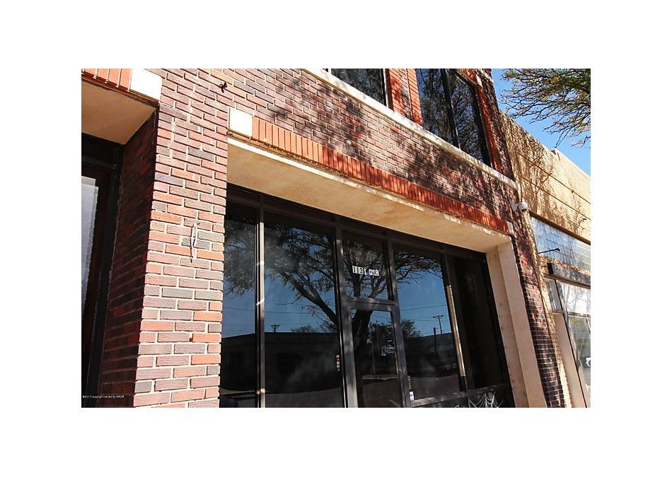 Photo of 113 Cuyler St Pampa, TX 79065