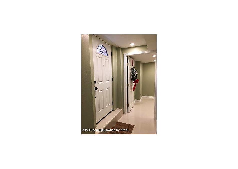 Photo of 139 Main St Childress, TX 79201