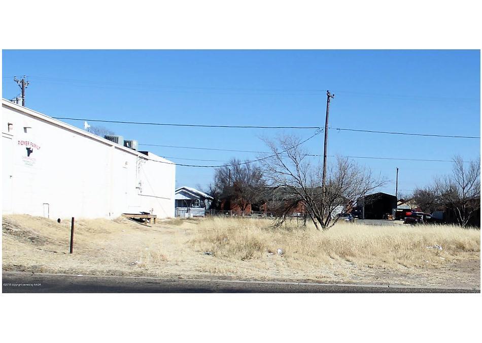 Photo of 416 Weatherly St Borger, TX 79007