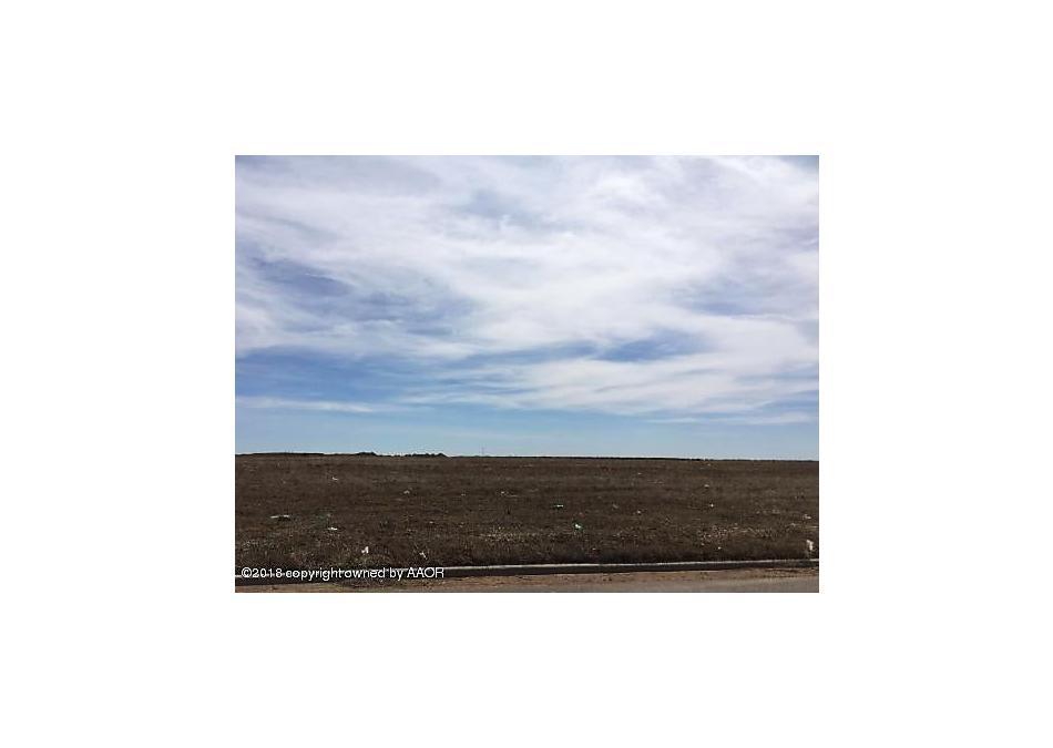 Photo of 2909 Knoll Dr Amarillo, TX 79118
