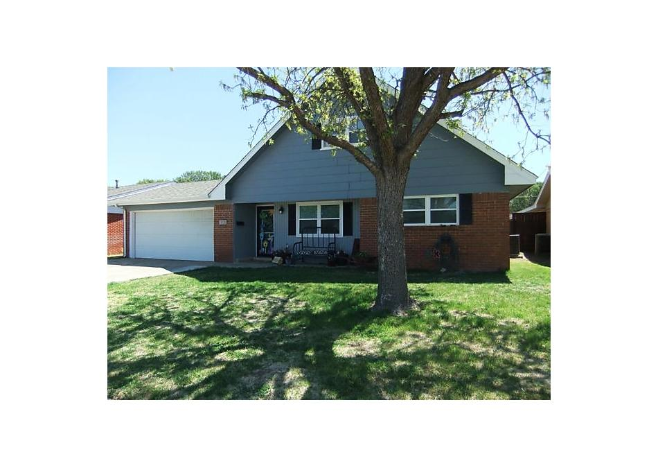 Photo of 1816 Zimmers N Pampa, TX 79065