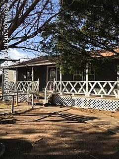 Photo of 614 W Elwood Ln Stinnett, TX 79083