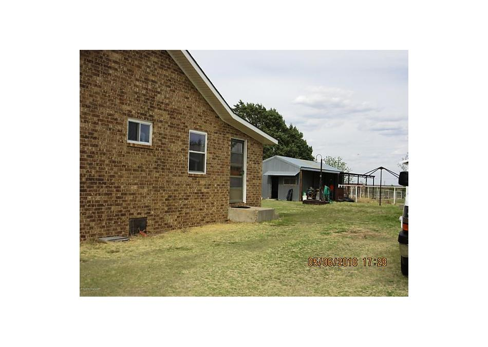 Photo of 101 Arikara Rd Fritch, TX 79036
