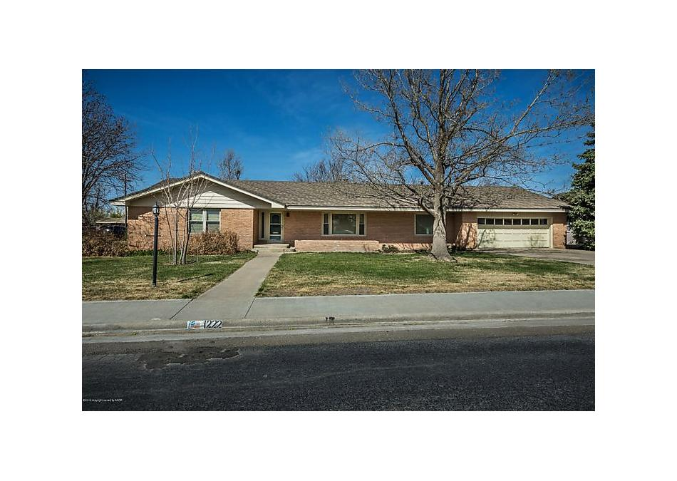 Photo of 1222 Fordham Perryton, TX 79070