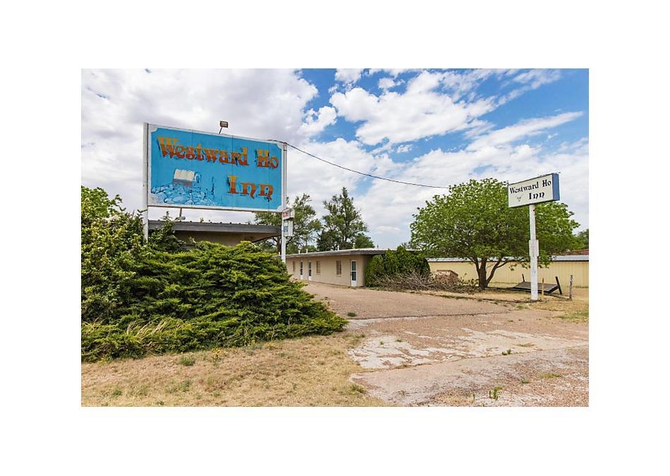 Photo of 106 Hillcrest Tulia, TX 79088