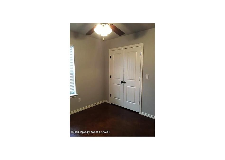Photo of 611 28th St Canyon, TX 79015