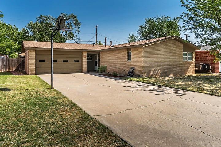 Photo of 5002 Westway Trl Amarillo, TX 79109