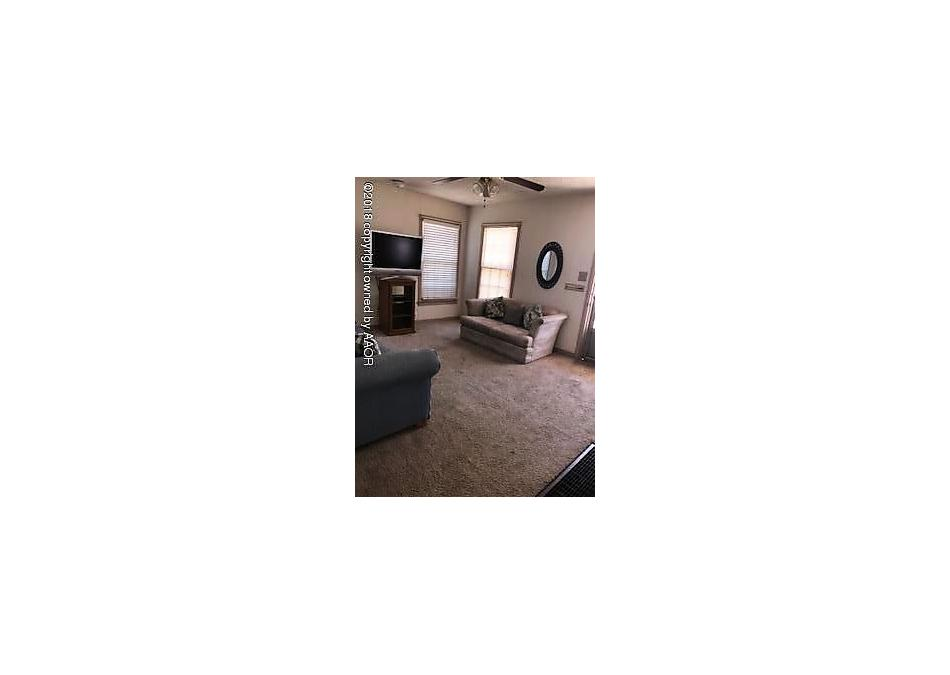 Photo of 1601 Clayton St Borger, TX 79007