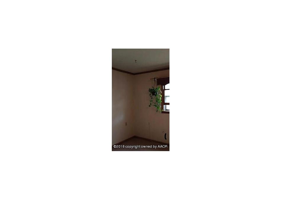 Photo of 211 Broadway Ave Groom, TX 79039