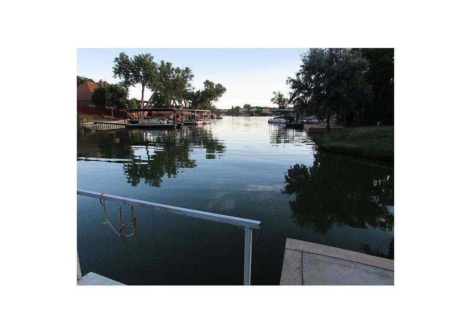 Photo of 523 Shore Dr Amarillo, TX 79118