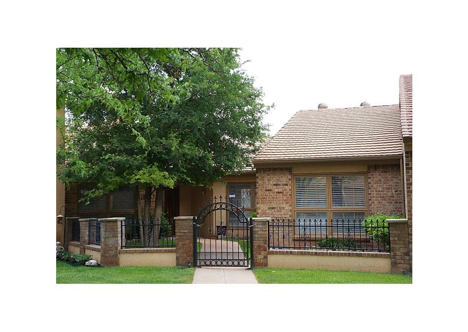 Photo of 3205 Amberwood Ln Amarillo, TX 79106