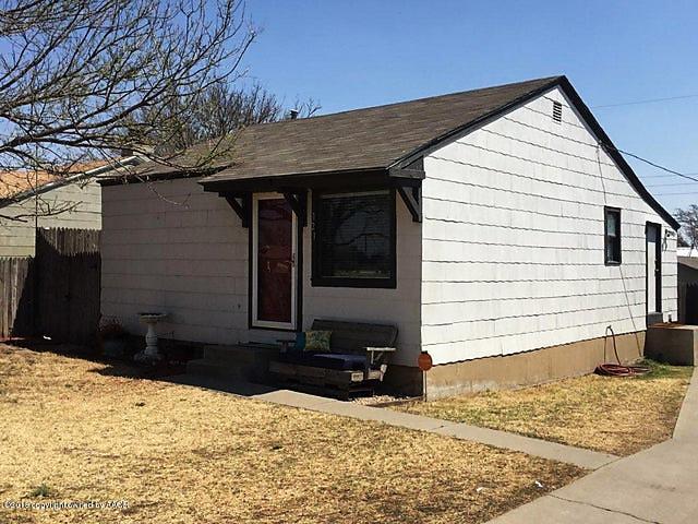 Photo of 121 Amaryllis St Borger, TX 79007