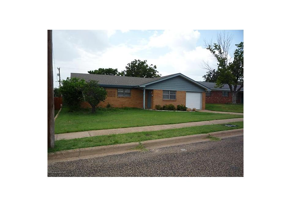 Photo of 1412 Primrose Ln Borger, TX 79007