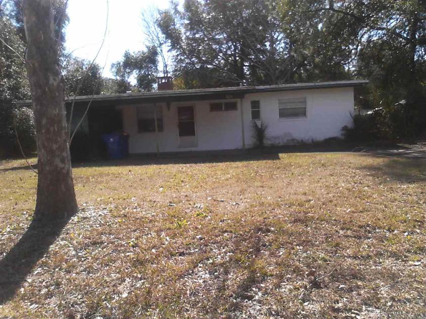 Photo of 7628 Lazeau Dr. Jacksonville, FL 32211