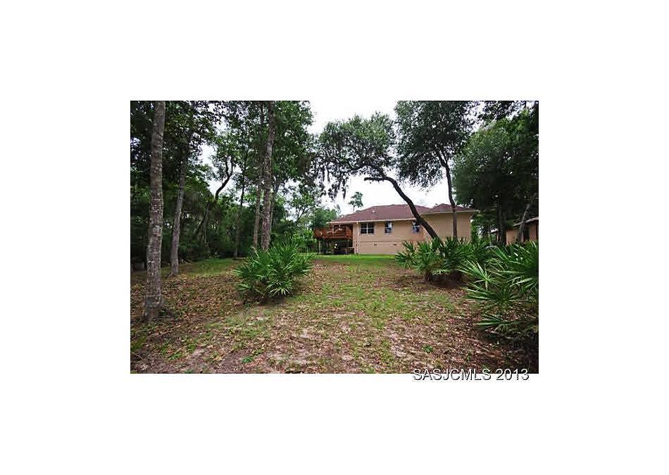Photo of 228 Lakeview Dr Satsuma, FL 32189