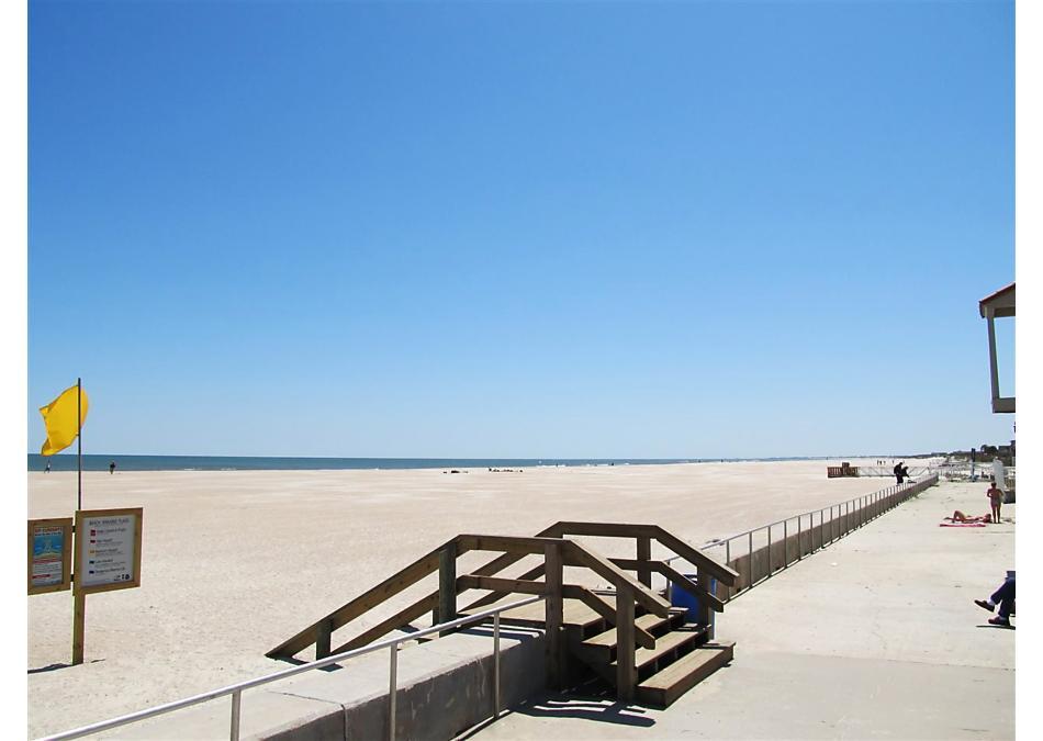 Photo of 215 6th Street St Augustine Beach, FL 32080