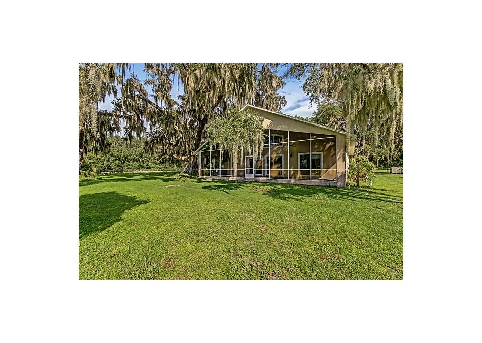 Photo of 111 E Groveland Lane East Palatka, FL 32131