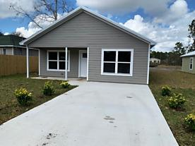 Photo of 870 E Aiken St Augustine, FL 32084