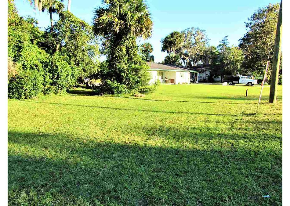 Photo of 766 3rd Ave Welaka, FL 32193