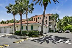 Photo of 215 S Ocean Grande Dr Ponte Vedra Beach, FL 32082
