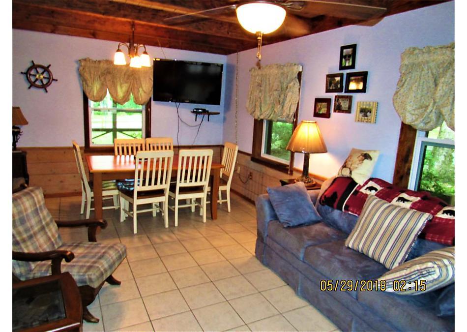 Photo of 109 Orange St Welaka, FL 32193