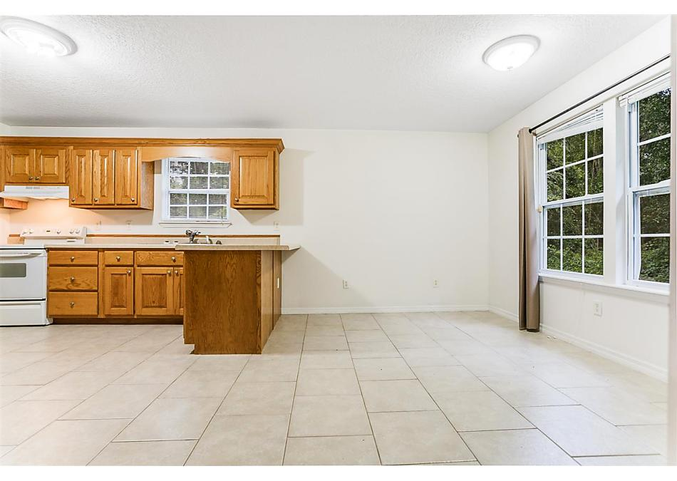 Photo of 115 Oakwood Rd Satsuma, FL 32189
